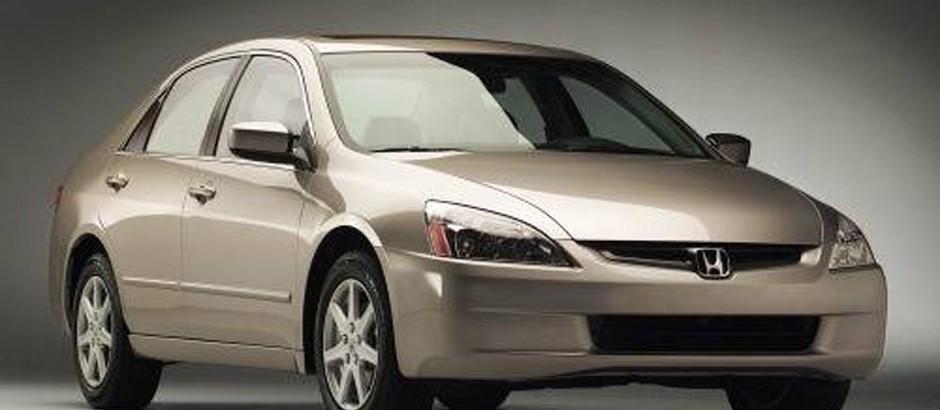 Anuncios tv: Honda Acord 2004